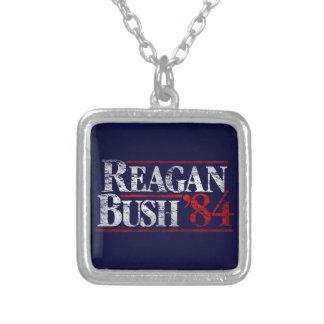 Campaña apenada vintage de Reagan Bush '84 Colgante Cuadrado