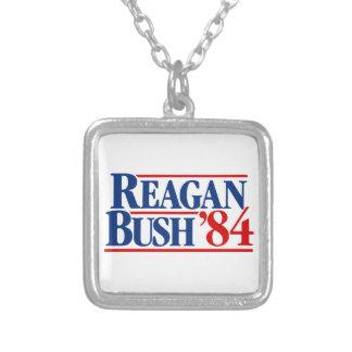 Campaña de Reagan Bush '84 Colgante Cuadrado