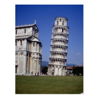 Campanario inclinado famoso, la torre inclinada de tarjetas postales