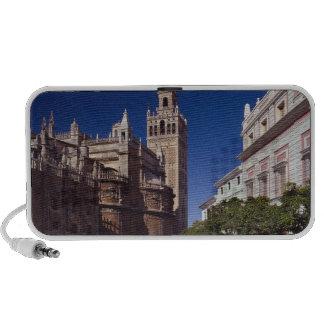 Campanario y catedral, Madrid, España de Giralda iPhone Altavoz