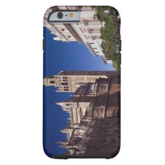 Campanario y catedral, Madrid, España de Giralda Funda De iPhone 6 Tough
