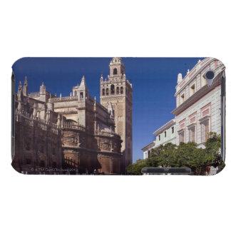 Campanario y catedral, Madrid, España de Giralda Barely There iPod Protector