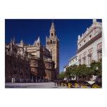 Campanario y catedral, Madrid, España de Giralda Tarjeta De Felicitación