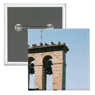 Campanas de iglesia pasadas de moda, Assisi, Itali Pin