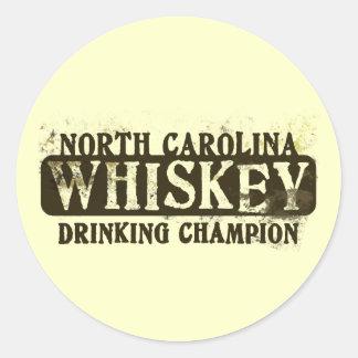 Campeón de consumición del whisky de Carolina del Etiqueta Redonda