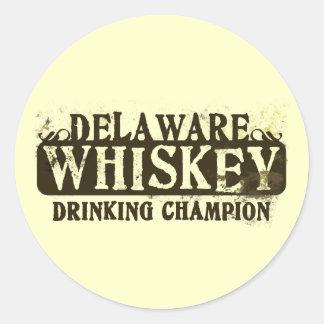 Campeón de consumición del whisky de Delaware Pegatina Redonda