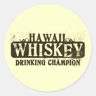 Campeón de consumición del whisky de Hawaii Pegatinas Redondas