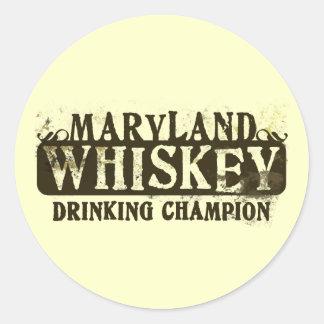 Campeón de consumición del whisky de Maryland Pegatina Redonda