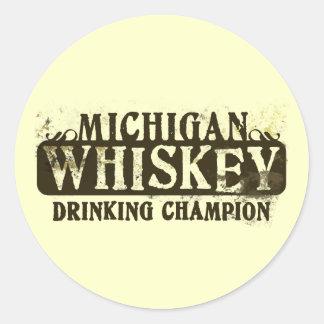 Campeón de consumición del whisky de Michigan Etiquetas Redondas