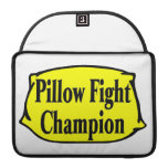 Campeón de la lucha de almohada funda macbook pro