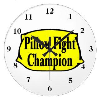 Campeón de la lucha de almohada reloj redondo grande