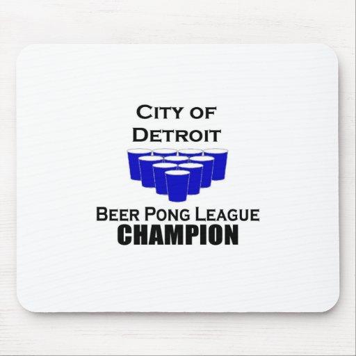 Campeón de Pong de la cerveza de Detroit Tapete De Ratones