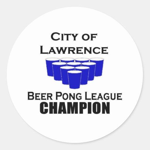 Campeón de Pong de la cerveza de Lorenzo Pegatina Redonda