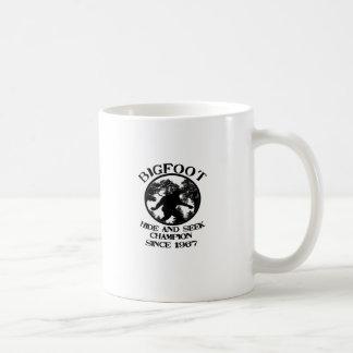 Campeón del escondite de Bigfoot desde 1967 Taza De Café
