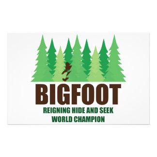 Campeón del mundo del escondite de Bigfoot Sasquat Papelería