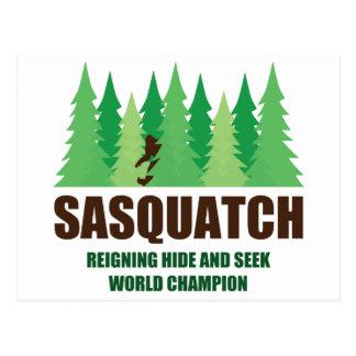 Campeón del mundo del escondite de Bigfoot Sasquat Tarjeta Postal