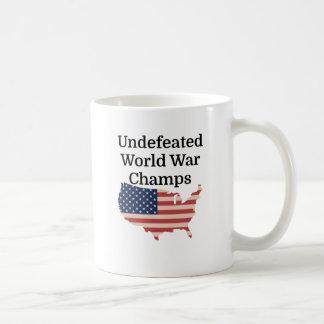 Campeones invictos de la guerra mundial tazas de café