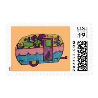 Campista contento sello postal