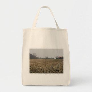 Campo arado en invierno Escénico Bolsa De Mano