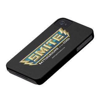 Campo de batalla del logotipo del GOLPE VIOLENTO Case-Mate iPhone 4 Fundas