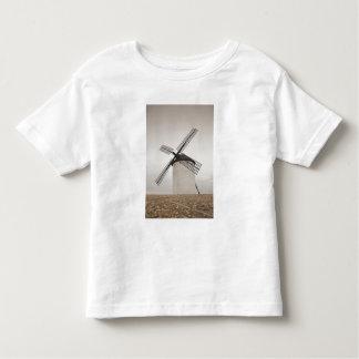 Campo de Criptana, antique La Mancha windmills 3 Shirt