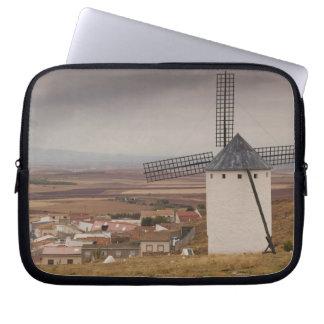 Campo de Criptana, antique La Mancha windmills 4 Laptop Computer Sleeve