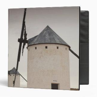 "Campo de Criptana, molinoes de viento antiguos 5 Carpeta 1 1/2"""