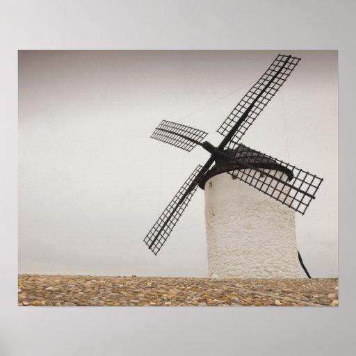 Campo de Criptana, molinoes de viento antiguos de  Poster