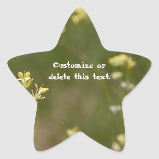 Campo de flores amarillas; Personalizable Pegatina En Forma De Estrella