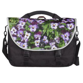campo de flores bolsas de portatil