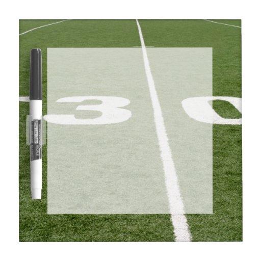 Campo de fútbol treinta pizarra blanca