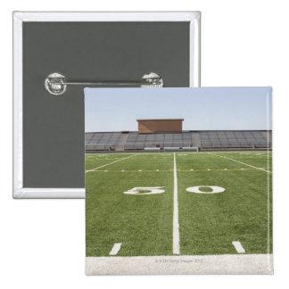 Campo de fútbol y estadio pin cuadrado