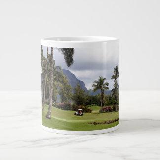 Campo de golf de la bahía de Poipu, Kauai, Hawaii Taza Grande