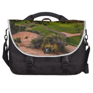 Campo de golf del barranco del desierto de Moab en Bolsas De Portátil