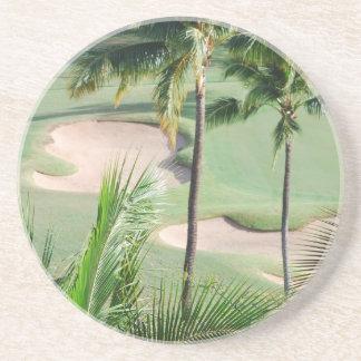 Campo de golf en práctico de costa de las zonas tr posavasos personalizados