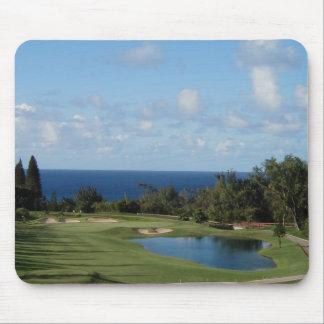 Campo de golf hermoso de Hawaii Tapete De Raton