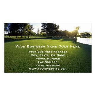 Campo de golf verde en el amanecer tarjetas de visita