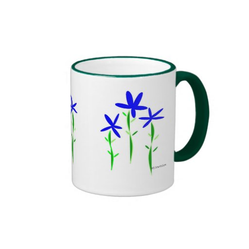 Campo de la taza azul de las flores