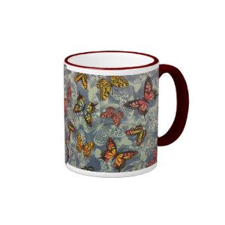 Campo de mariposas taza de dos colores