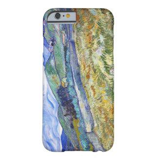 Campo de trigo con las montañas en el fondo funda de iPhone 6 barely there