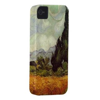 Campo de trigo con los cipreses de Vincent van Gog Case-Mate iPhone 4 Protectores