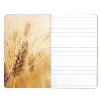 Campo de trigo cuaderno grapado