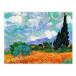 Campo de trigo de Van Gogh con los cipreses (F615) Postales