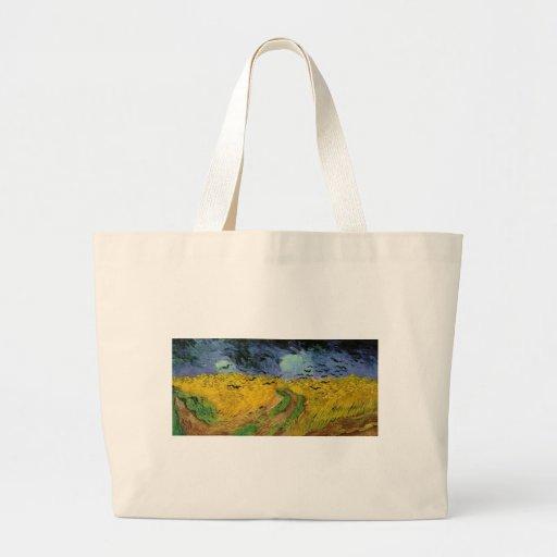 Campo de trigo debajo de los cielos que amenazan bolsa tela grande