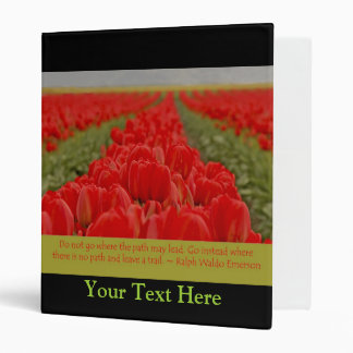 "Campo de tulipanes rojos con cita inspirada carpeta 1"""
