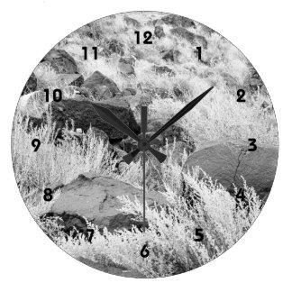 Campo del basalto reloj redondo grande