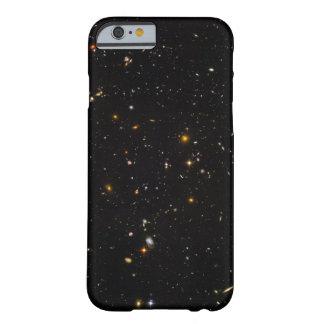 Campo del espacio ultra profundo de Hubble Funda De iPhone 6 Barely There
