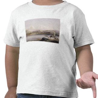 Campo del Gros Ventres de las praderas en el ascen Camisetas