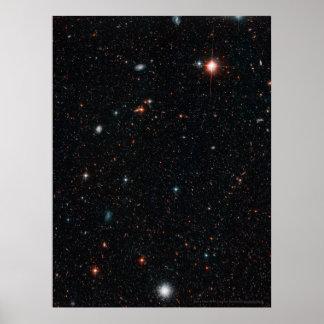 Campo profundo 18x24 (18x24) de Hubble Póster
