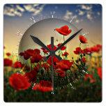 Campo rojo de la amapola relojes